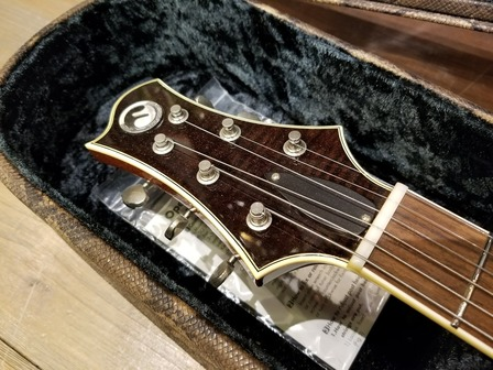 ボトムズアップギターズ 東京本店 最近の入荷状況 新入荷速報 写真 レアモデル勢揃い フリーダムのRRHやPepperも入荷!