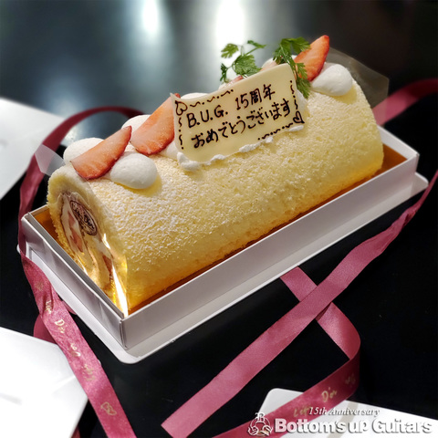 20200225_buguitars15th_cake_thx.jpg