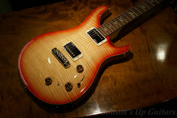 EXP_PRS_LTD_P22_CherryVanillaBurst_Top.jpg